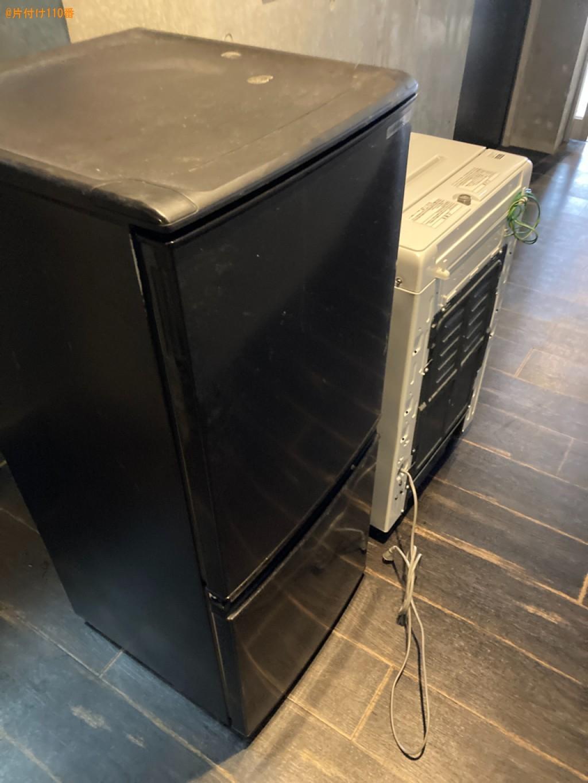 冷蔵庫、洗濯機、折り畳みベッド、テレビ台、ガスコンロ等の回収